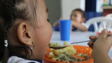 Colegios de 11 municipios quindianos sin programa de alimentación escolar
