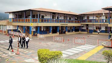 El colegio San Luis Rey y su formación humanística y académica