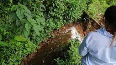 De nuevo, derrumbes afectaron las  redes del acueducto de Montenegro