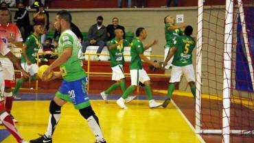 Tú y Yo Somos Quindío, la selección departamental de microfútbol, sorprendió a Caciques en Calarcá