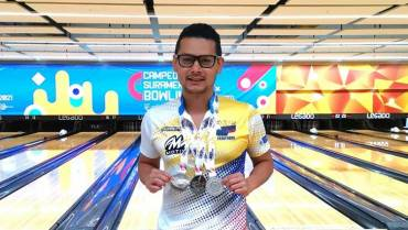 Bolichero quindiano ganó 3 medallas en sudamericano