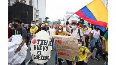 """Consejo asesor de Facebook permite llamar """"marica"""" al presidente de Colombia"""