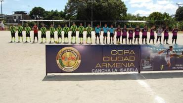 En La Isabela la emoción la pone el fútbol