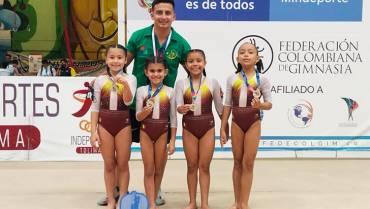 Gimnastas infantiles del Quindío deslumbraron en Tolima