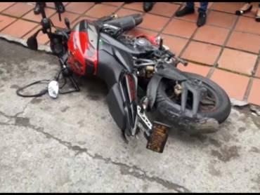 Atracadores se fueron sin el botín y sin la moto en la que se movilizaban